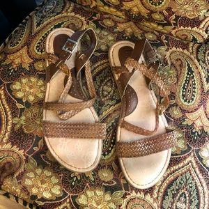 Born Concepts BOC Dena Woven Brown Sandals 10